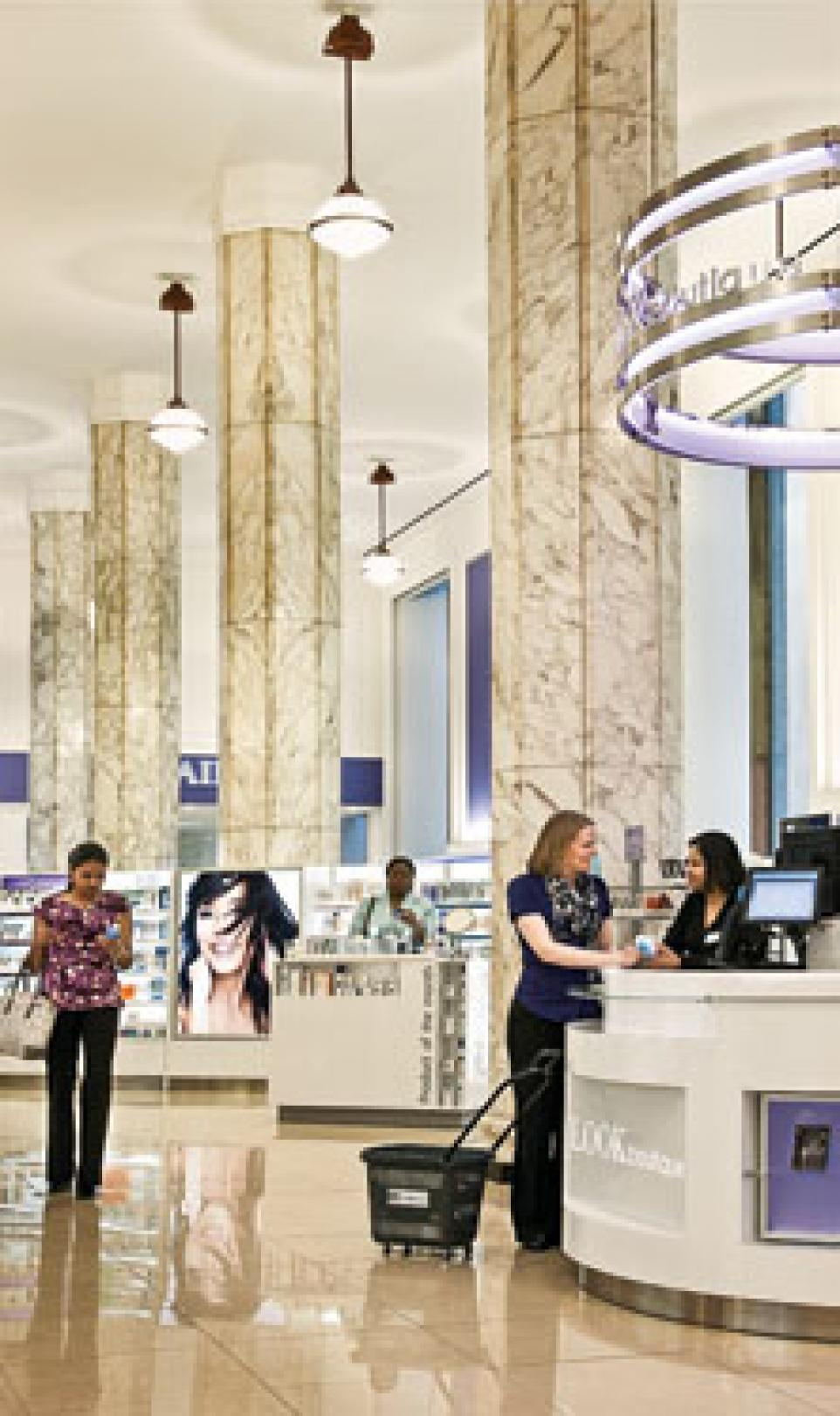 Picture of the grand reception area at Duane Reade's flagship store in New York